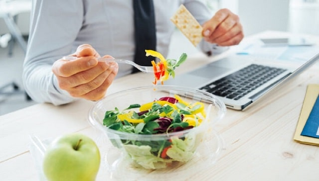 eating clean on a budget ways eat healthier less money