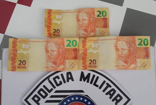 Polícia Militar apreende R$ 60 em notas falsificadas e prende rapaz em Flórida Paulista