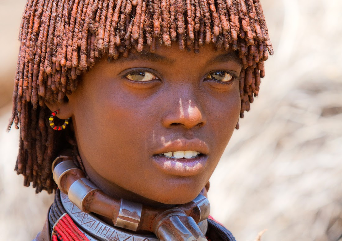 ETHIOPIAN GIRL FROM THE HAMER TRIBE - 29 Breathtaking Photographs of The Human Race
