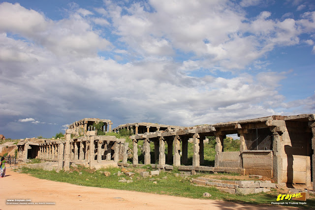 Colonnades outside Vithala temple, Hampi