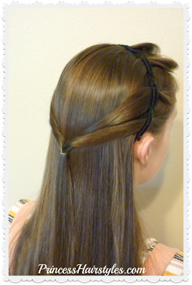 Cute and easy half up hairstyle for school using twisty braids headband.
