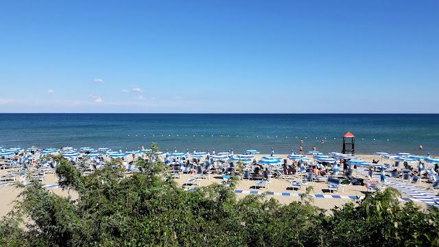 La spiaggia di Castellaneta marina nella Puglia delle gravine