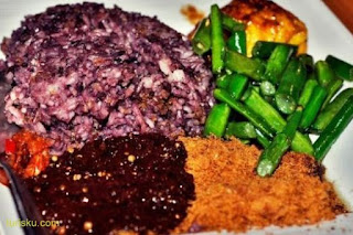 Wisata Kuliner Nasi Kalong