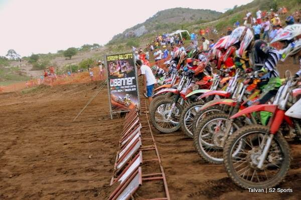 Largada do Motocross em Panelas-PE