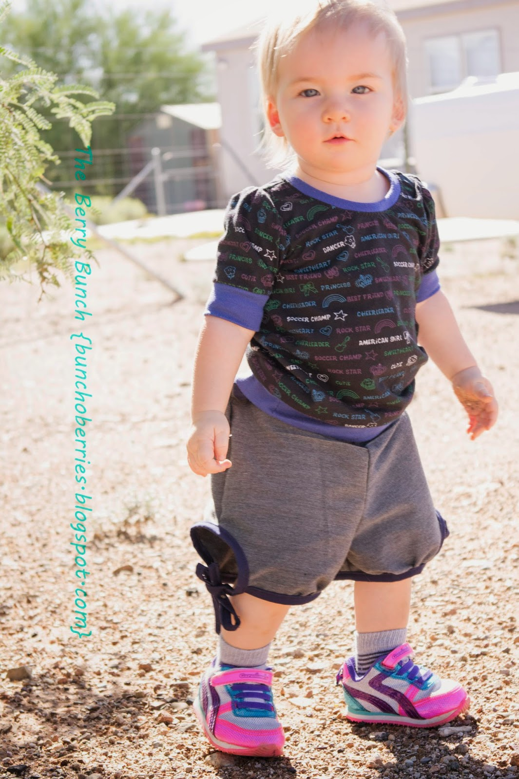 The Berry Bunch: Tinley Tee and Love Me Knot Shorts: GYCT Designs {Blog Tour}