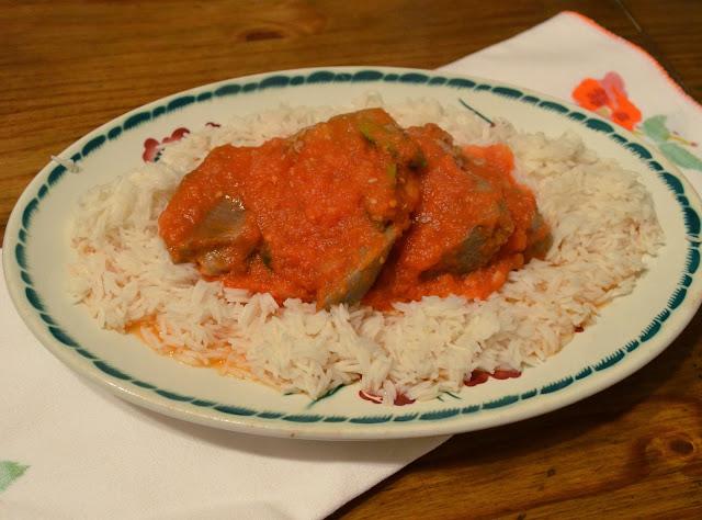 Langue de porc sauce tomate piquante