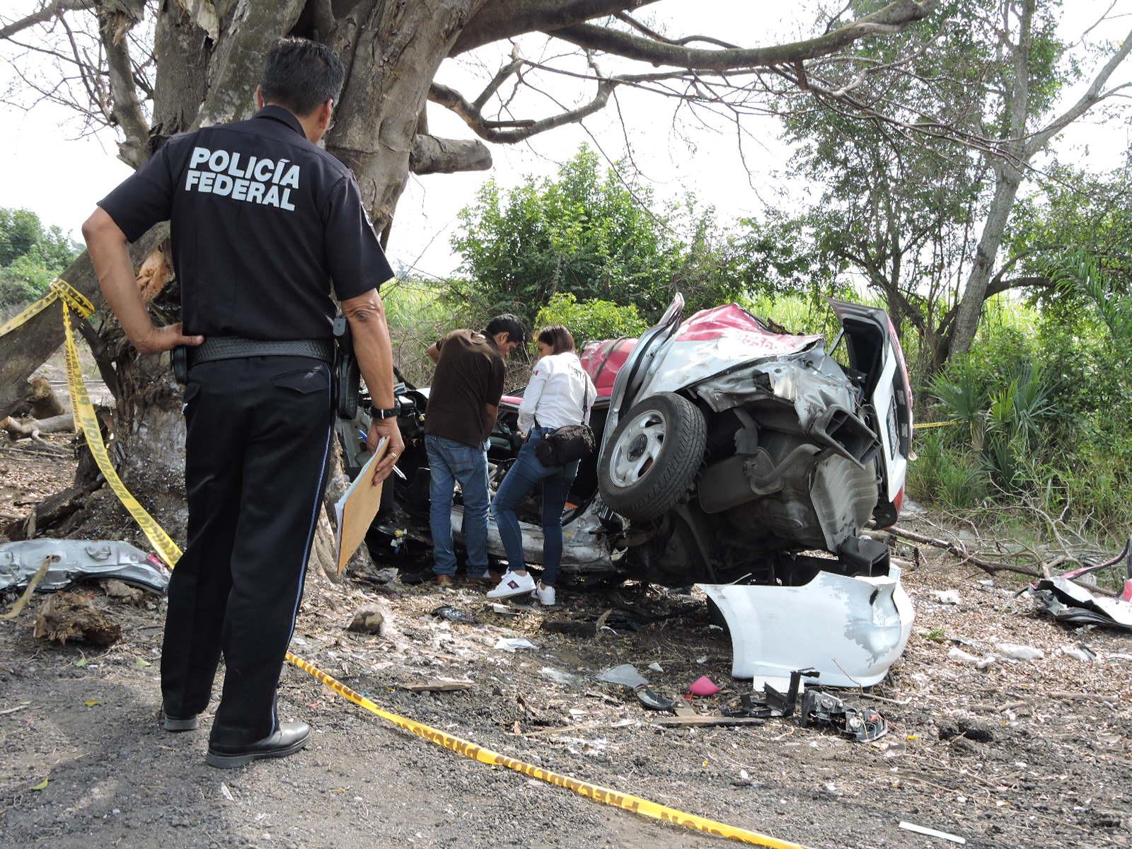 Identifican a taxista que muere en Tragedia