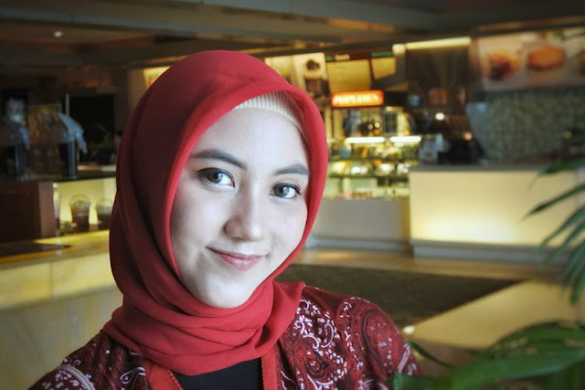 Foto Cewek Berhijab Cantik Terbaru 2019