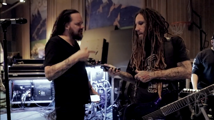 """Korn estrena """"Korn TV 2.0"""" y anuncian nuevo álbum."""