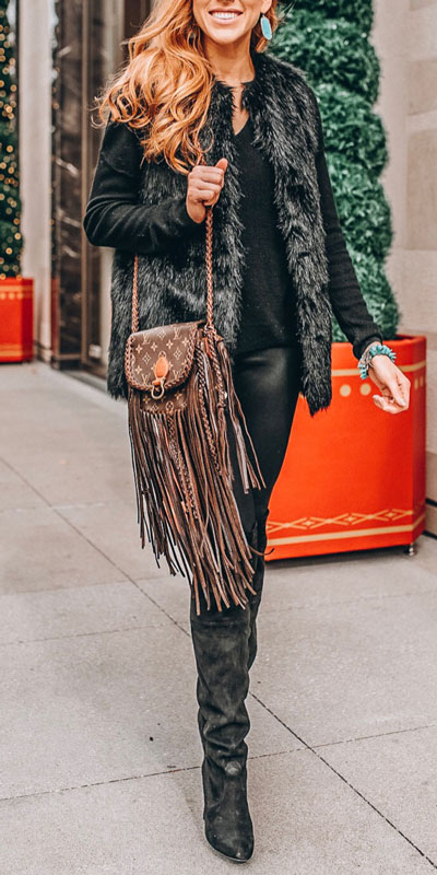 From casual outfits for family reunions to crazy trendy party outfits, we've got your back see these 24 Best Christmas Outfits You Can Shop this Holiday Season. | balck fur jacket | #christmas #holiday #newyear #furcoat