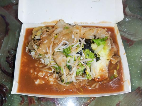 台中東區味聖素食早午餐平價美味,餐點選擇多,用餐時間人潮不斷