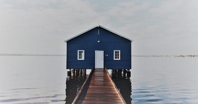 Tempat cantik untuk bergambar di Blue Boat House