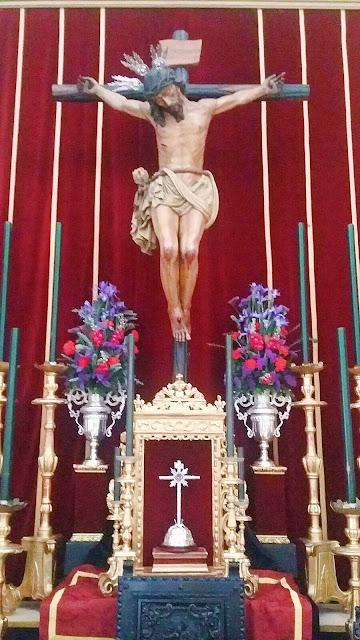 Altar de Cultos 1