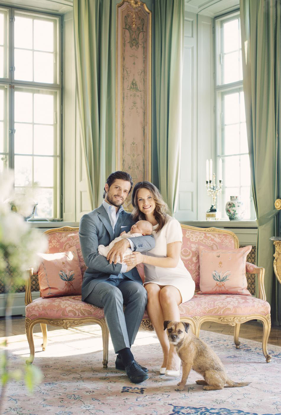 Royal family around the world prince carl philip and for Schwedensofa