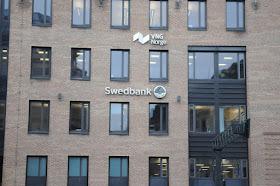 Swedbank hojer en av sina rantor