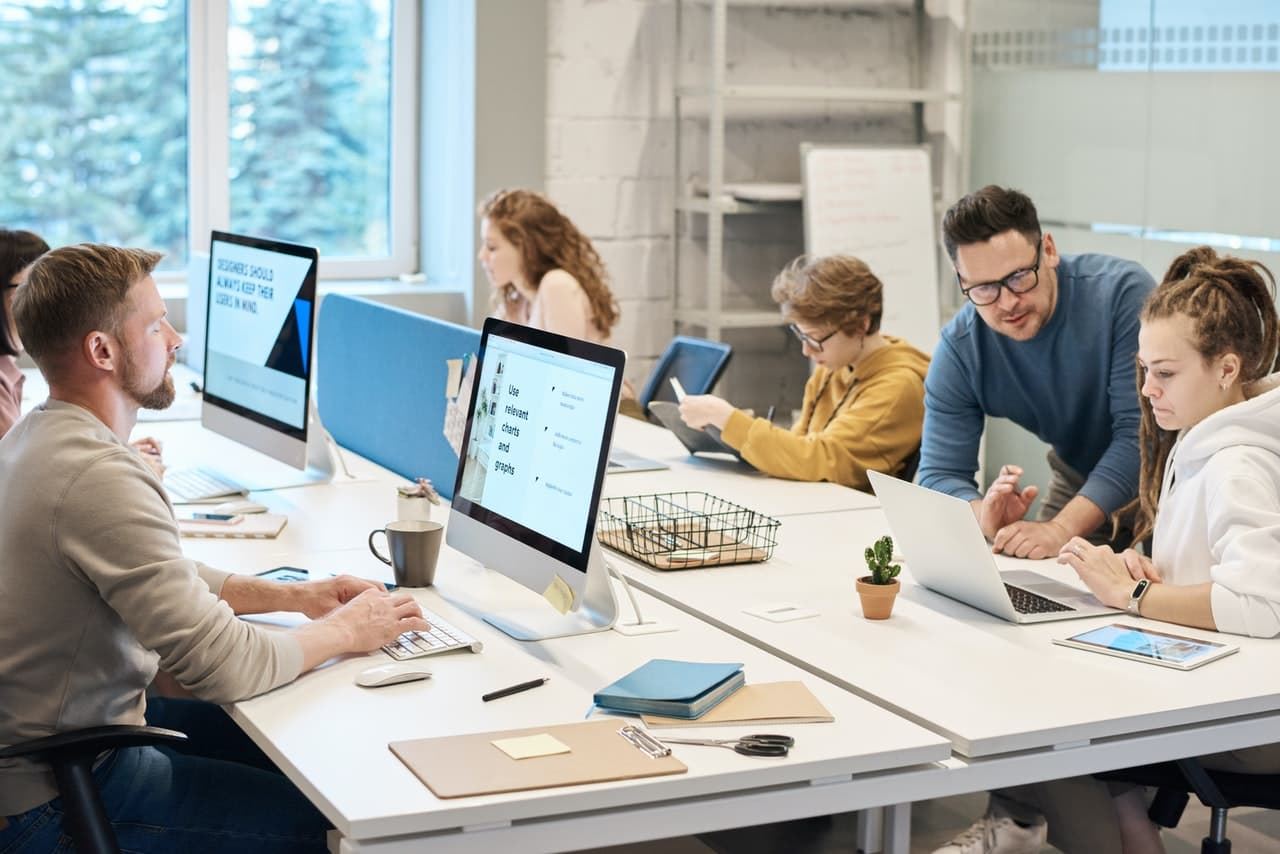 aprende ingles trabajo oficina empresa informatica