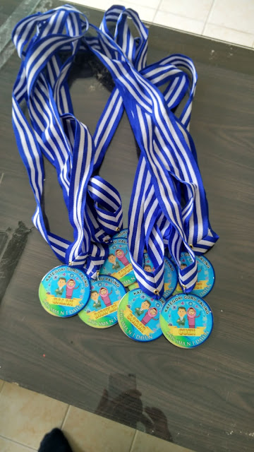 Medali Kategori Guru