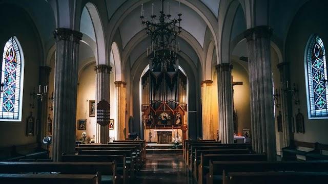 Koronavírus: ilyen intézkedéseket vezettek be az egyházak a járvány miatt