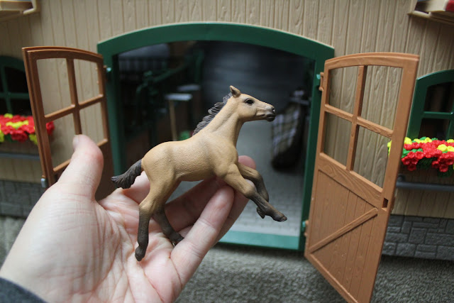 We review the Schleich Farm World Stable with Horses and Accessories Set. See what we loved about the detailed, high-quality toys!