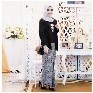 Kebaya Modern Simple Muslim