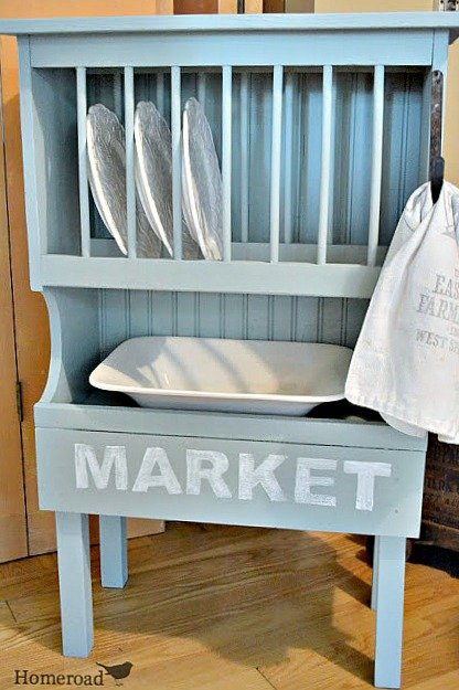 How to Create a Blue Farmhouse Style Dish Rack