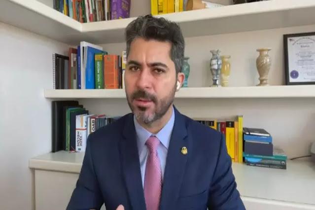 Não vejo qualquer ameaça nas falas de Bolsonaro, diz senador governista