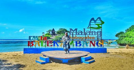 Pantai Balekambang Malang Jawa Timur