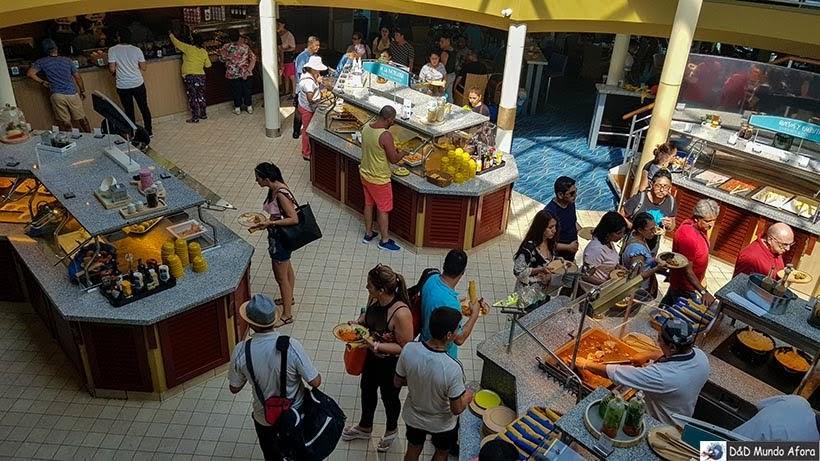 Área do restaurante buffet - Cruzeiros marítimos: tudo sobre viagem de navio
