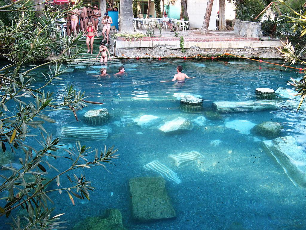 Antique Pool Antik Yüzme Havuzu