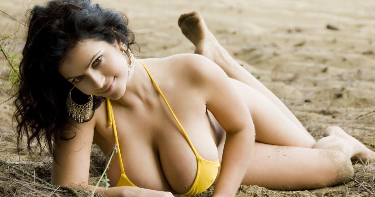 Hot black big naked romantic mom