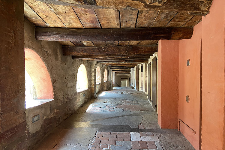 Brisighella, uno dei borghi più belli e colorati d'Italia