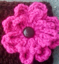 http://www.ravelry.com/patterns/library/fast-and-fun-flower