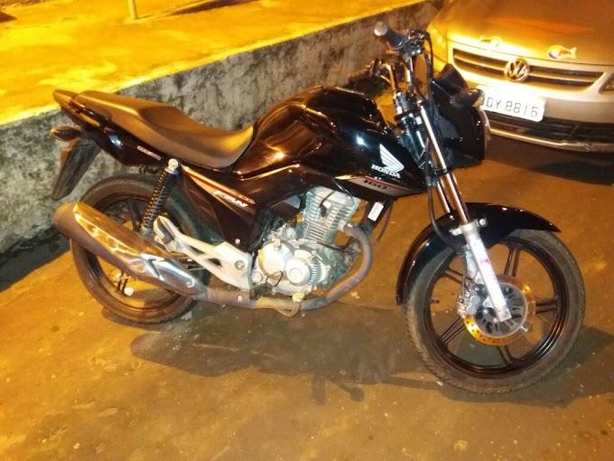 CAXIAS: Serviço de Inteligência prende dupla com motocicleta roubada