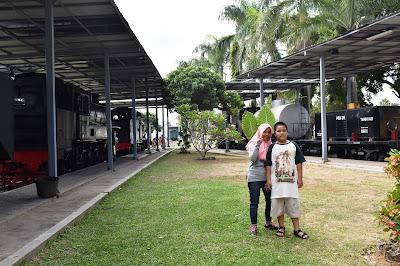 naik kereta wisata sejarah di museum kereta api ambarawa indonesia diesel uap traveling nurul sufitri mom lifestyle blogger
