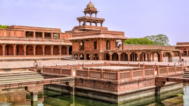 Best Tourist Attractions in Agra City-  Land of Wonderful Attractions