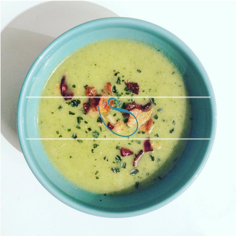 #Creamy Zucchini & Basil soup | Velouté de Courgettes & Basilic