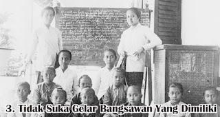 Tidak Suka Gelar Bangsawan Yang Dimiliki merupakan salah satu fakta menarik Raden Ajeng Kartini yang wajib diketahui