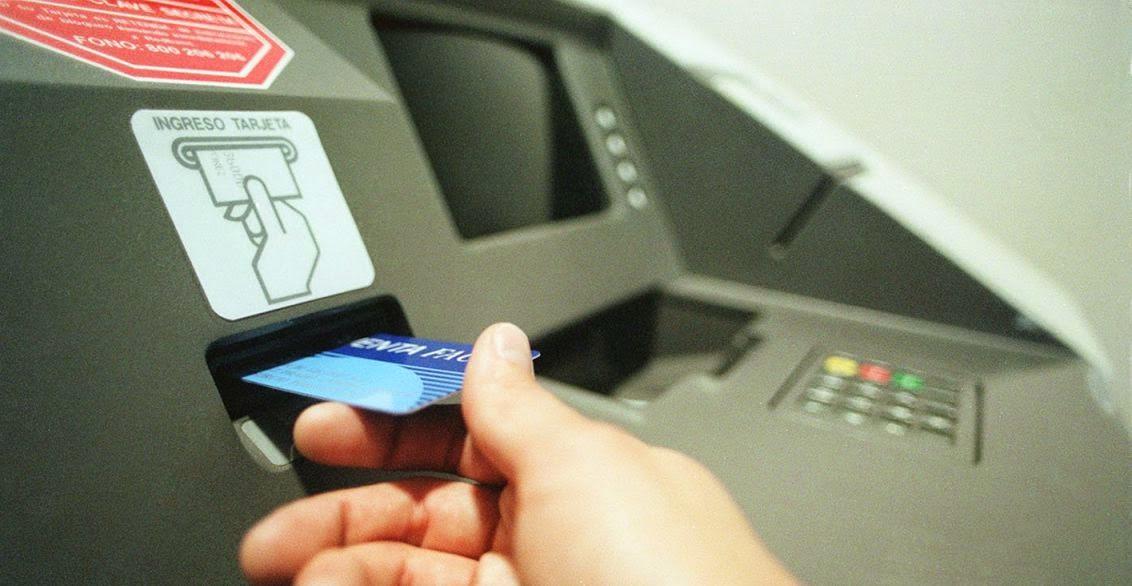 Cajero y transferencia bancaria