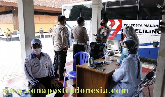 Arema Police Sobo Kelurahan Polresta Malang Kota Berikan Layanan Vaksinasi Dosis Kedua