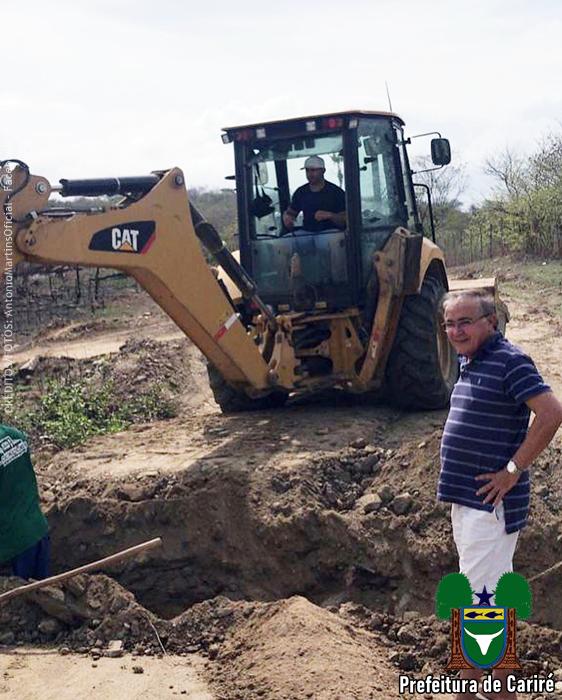 Prefeito Antônio Martins vistoria as obras de reconstrução da estrada Cariré à localidade Retiro