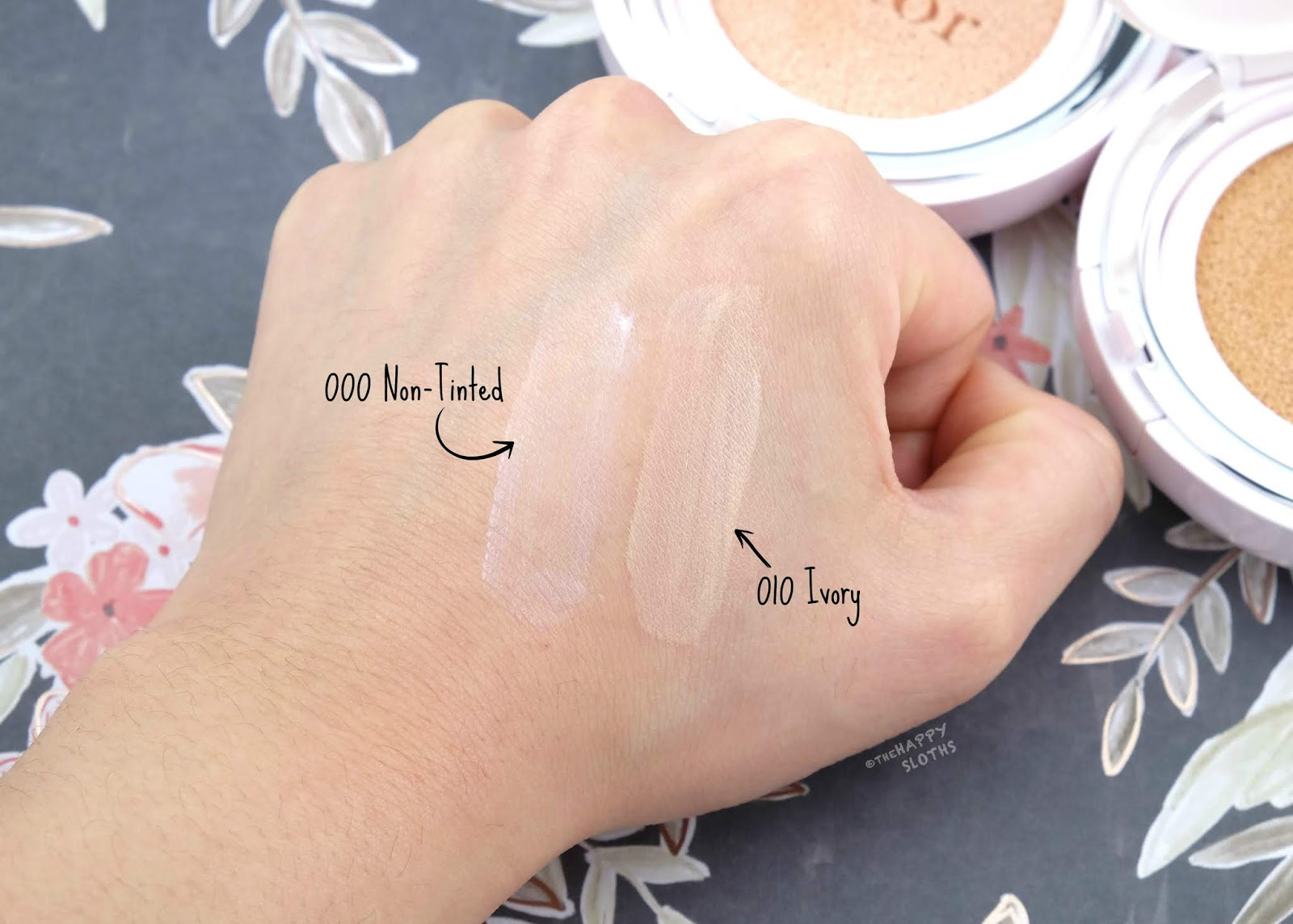 """Dior   Capture Dreamskin Fresh & Perfect Cushion in """"000 Non-Tinted"""" & """"010 Ivory"""": Review and Swatches"""