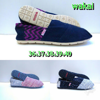Sepatu Wakai Motif Anyaman