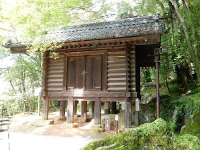 石山寺経蔵