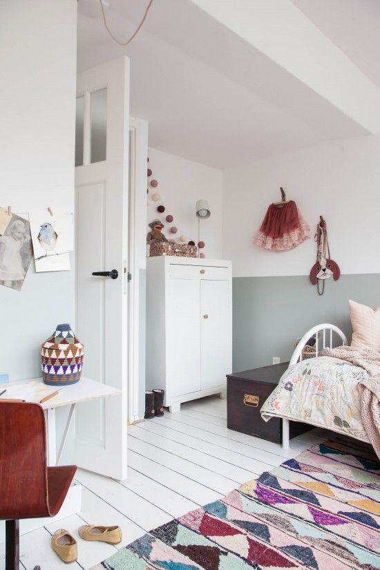 Habitación infantil de estilo natural