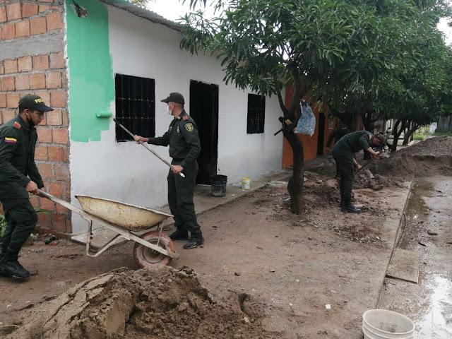 hoyennoticia.com, Policía en Chiriguaná construyó una casa para una familia vulnerable