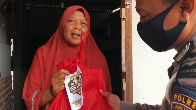 Bhaksos Peduli Covid 19 Serentak Se-Indonesia Akpol 2001 di Polres Nganjuk