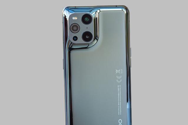 hp dengan ram 12 gb, super gahar, daftar hp dengan ram 12 gb dan harganya, Asus ROG Phone 2, Asus ROG Phone 3, Samsung Galaxy Z Fold 2, Samsung Galaxy S20 Ultra, Samsung Galaxy S21 Ultra 5G, Samsung Galaxy Note 10+, Xiaomi Black Shark 3, Oppo Find X2 Pro, Oppo Find X3 Pro, Realme X3 SuperZoom, Realme X50 Pro 5G