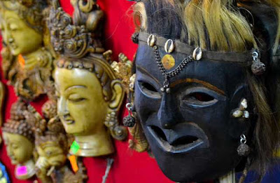 Handicrafts and art work in Darjeeling is quite famous and one of the major tourist attractions