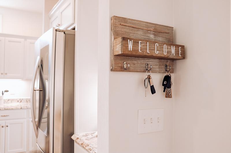 welcome key hook