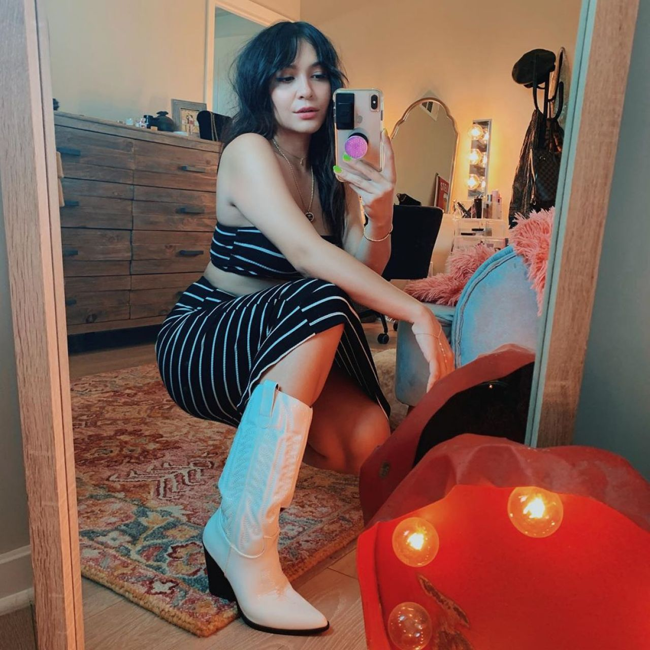 Andrea Londo Nua stella hudgens – social media 07/11/2019